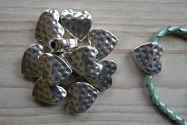 Metalen leerschuiver hart ca. 18 x 20 mm per stuk