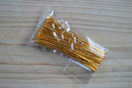 Goudkleurige nietstiften 70 mm ca. 50 stuks