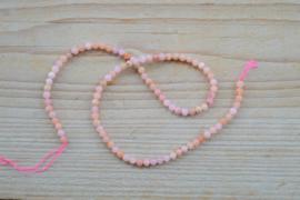 Peruviaans roze opaal ronde kralen ca. 5 mm