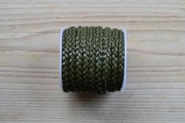 Plat gevlochten rundleer 5 mm Legergroen per 10 cm