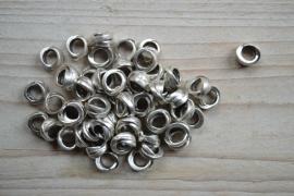 Metalen tussenkraal ca. 10 x 12 mm per 5 stuks