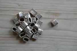 Metalen leerschuiver ca. 9 x 12 mm per stuk