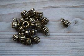 Bronskleurige eindkap 6 mm ca. 10 x 15 mm per stuk