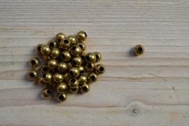 Bronskleurige kralen ca. 8 mm per 6 stuks