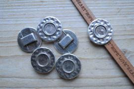 Metalen leerschuiver cabochonhouder ca. 26 mm per stuk
