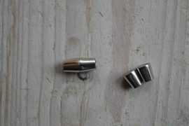 Metalen magneetsluiting 4 mm (roestvrij staal) ca. 7 x 15 mm per stuk