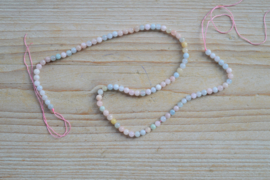 Morganit runde Perlen ca. 4 mm