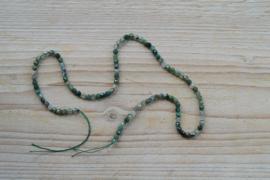 Mos Achat facettierte runde Perlen 4 mm
