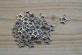 Metalen bedel open ster ca. 12 x 14 mm per 5 stuks