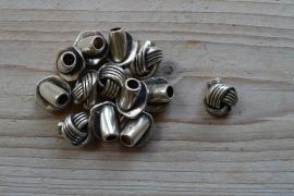 Metalen eindkap Knoop 5 mm ca. 16 x 18 mm per stuk