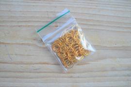 Goudkleurige ringetjes open ca. 8 mm