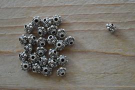 Kraal sterling zilver ca. 4,8 x 6,5 x 6,5 mm