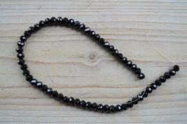 Kristalstreng zwart gefacetteerde rondellen ca. 4 x 6 mm