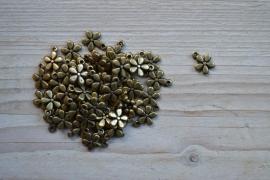 Bronskleurige bedel bloem ca. 10 x 14 mm per 4 stuks