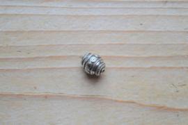Kraal sterling zilver ca. 9 x 11 mm