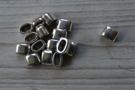 Metalen leerschuiver ca. 9.5 x 14.5 per stuk