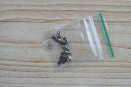 Metalen veterklemmen ca. 2 x 5 mm per 20 stuks