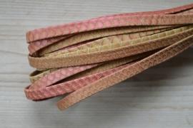 Plat nappaleer Slangenprint 10 mm Beige/Roze per 10 cm