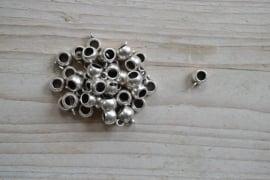 Metalen bedelhanger ca. 7 x 11 mm per 5 stuks