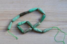Grün Gras Achat facettierte runde Tropfen ca. 10 x 30 mm