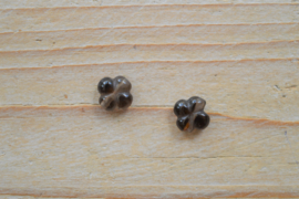 Rookkwarts klavertjes ca. 10 mm per 2
