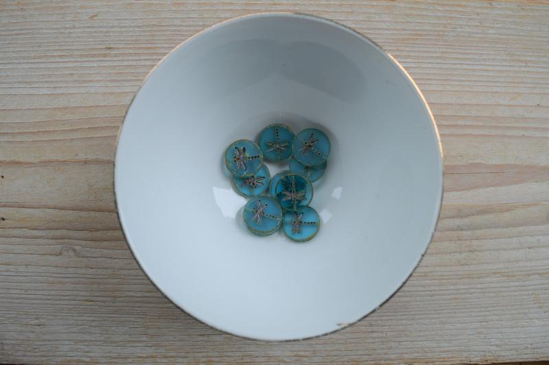 Libelle/Dragonfly Table Cut Bead Matte Turquoise Green Transparant  ca. 17x4mm per stuk
