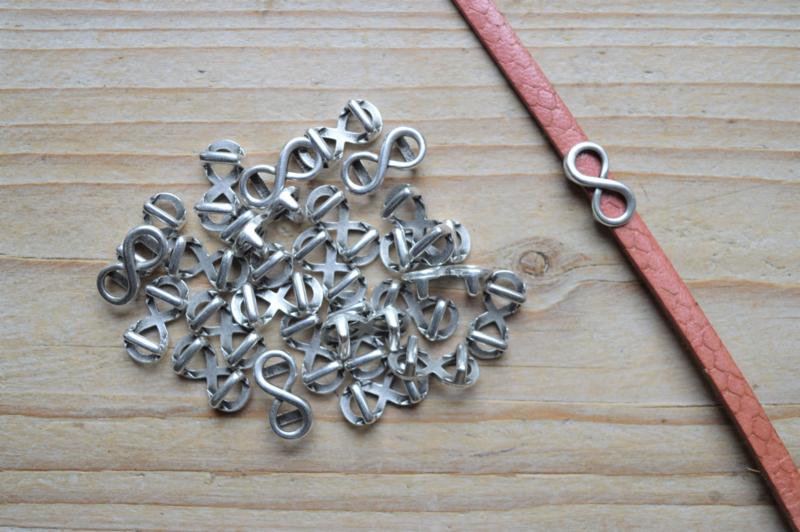 Metalen leerschuif infinity ca. 7 x 16 mm per stuk