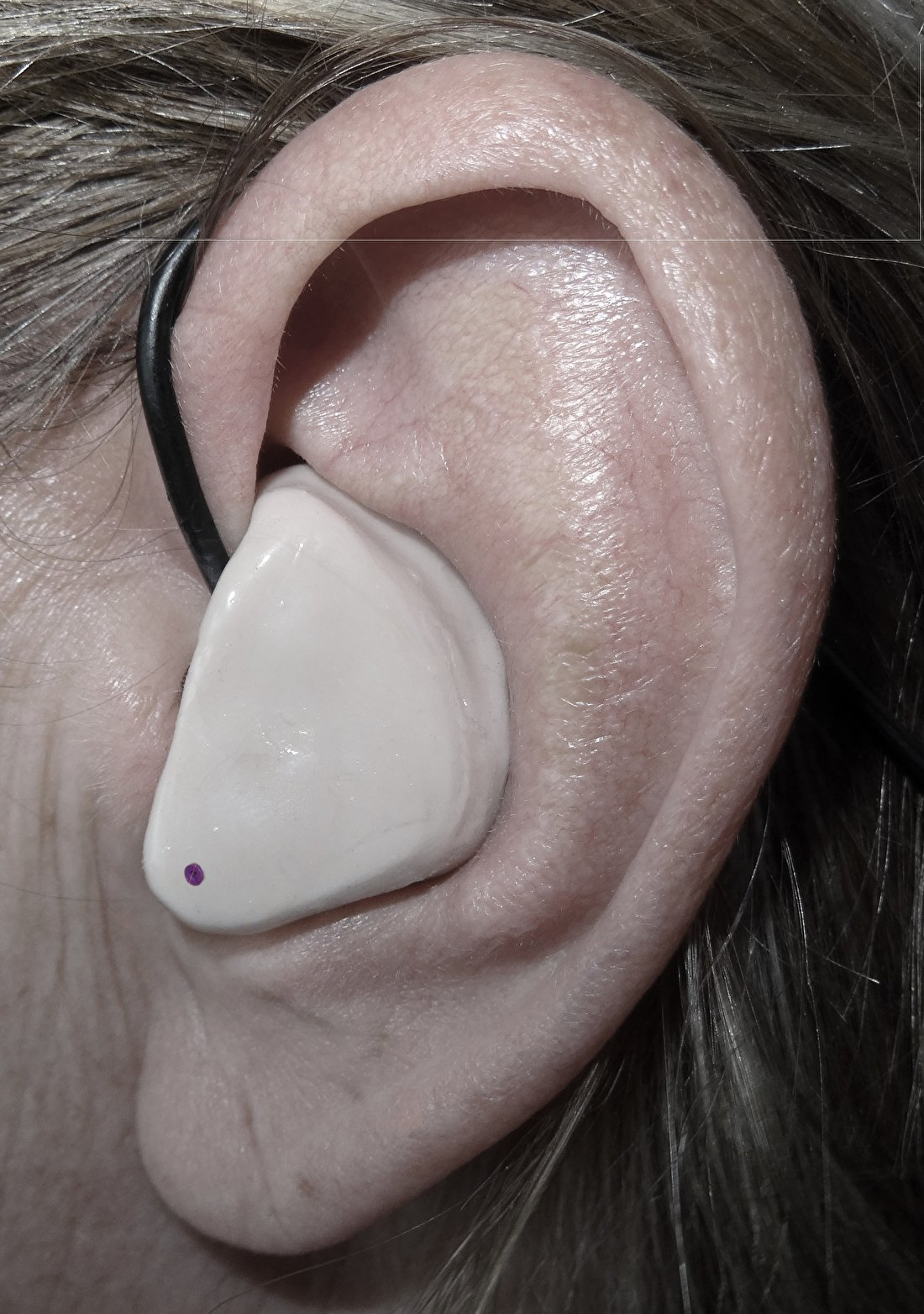 Eartech-in ear-kessel