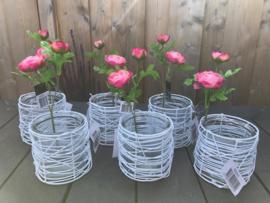 bruiloftdecoratie/tafeldecoratie, glazen pot met wit draadwerk met zijde bloem