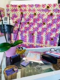 Flowerwall Amanda's beauty & wax salon clematis