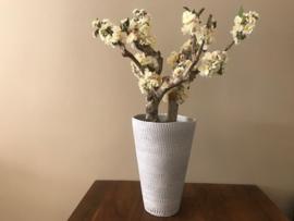 Bloesemboom met wit/creme kleurige zijde bloesem, hoogte 95 cm