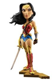 DC Comics  - Vinyl Figure  -Gal Gadot as Wonder Woman - 20 cm