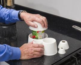 Derby pottenhouder - voor het gemakkelijk openen van potten