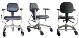 Trippelstoel met gasveer (om makkelijk door het huis voort te bewegen)
