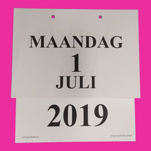 Grootletter dagkalender A4 - 2019, kalender met grote letters en cijfers