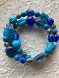 Glaskralen armband met blauw en turquoise  kralen