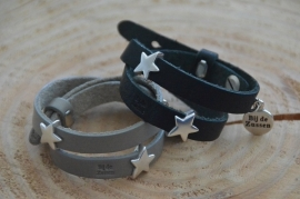 Armband plat leer met schuivers ster