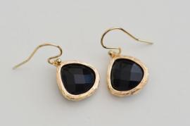Oorbellen 14K Gold Filled met hanger glas 'zwart'