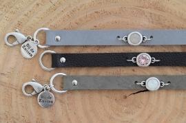 Armband plat leer met swarovski steen