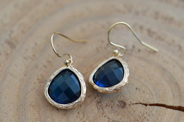 Oorbellen 14K Gold Filled met hanger glas 'blauw'