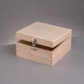 Kistje hout vierkant (E704)