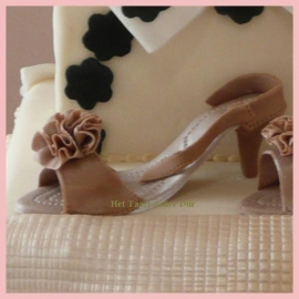JEM Ladies shoe Cutter & Embosser set/9