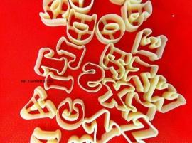 Alfabet uitstekers plastic