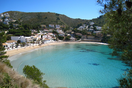 strand van El Portet in Moraira