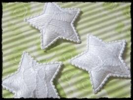 Sterren, wit satijn met kant - 4 stuks - 35mm
