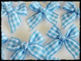 Strikjes, blauw geruit - 4 stuks - 2.5 cm.