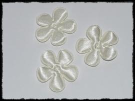 Satijnen bloemtjes, ivoor - 4 stuks - 3.5 cm