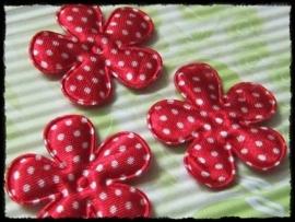 Satijnen bloemetje, rood polkadot - 4 stuks - 3,5 cm.