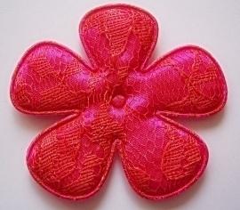 Satijnen bloem, fuchsia met koraal kant - 65mm