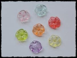 Acryl bloemetjes met gaatje - 4 stuks - 16mm. (kleurkeuze)